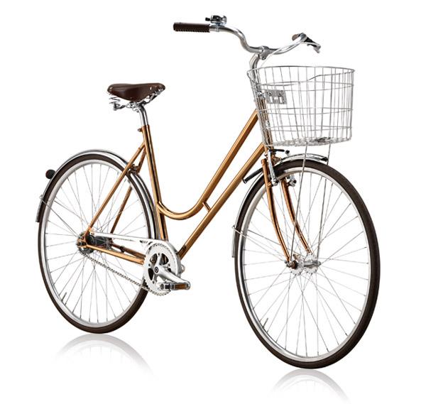 Step Through, en klassisk damtralla från svenska BikeID, går att få med en gyllenbrun ram i koppar.