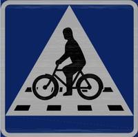 Nytt vägmärke för cykelöverfart.