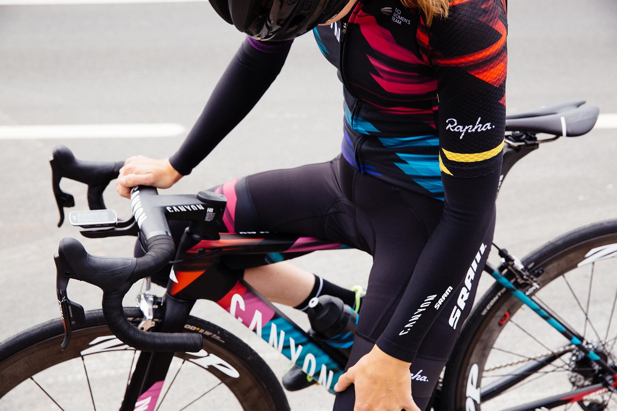 Canyon–SRAM team kit